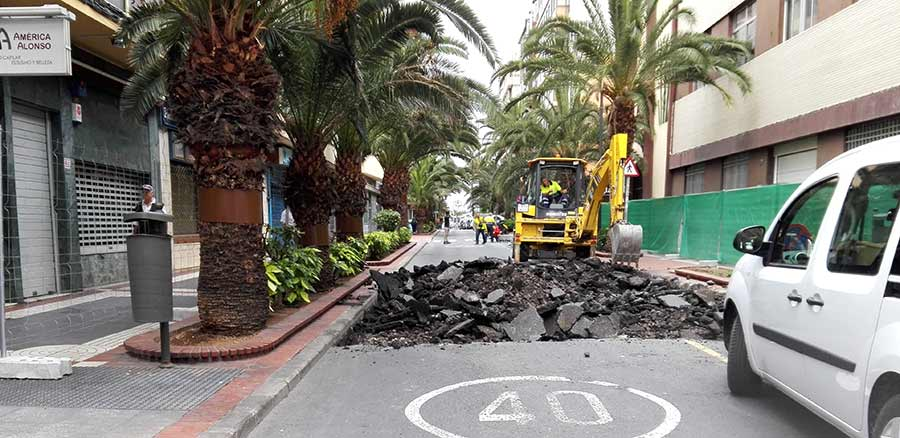 El PP denuncia la nefasta planificación del Tripartito en las obras de peatonalización de Luis Morote