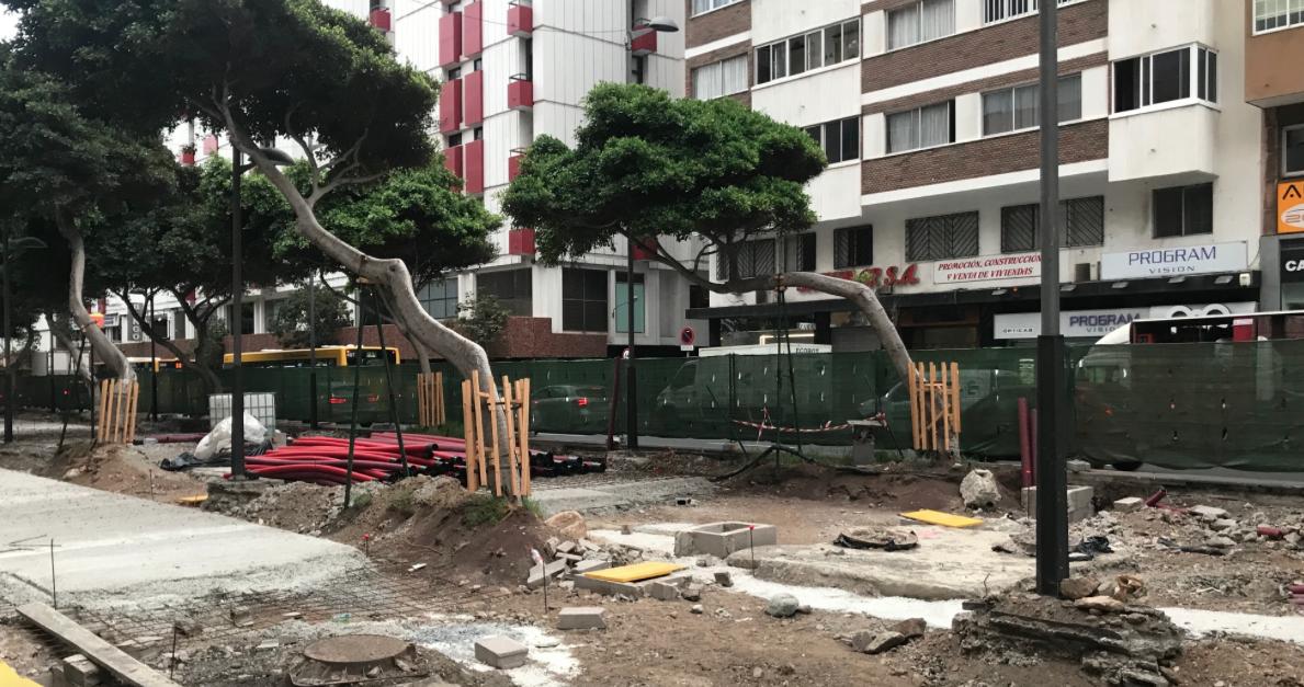 """El PP denuncia que el tripartito gestiona el proyecto de la Metroguagua """"a golpe de improvisación"""""""