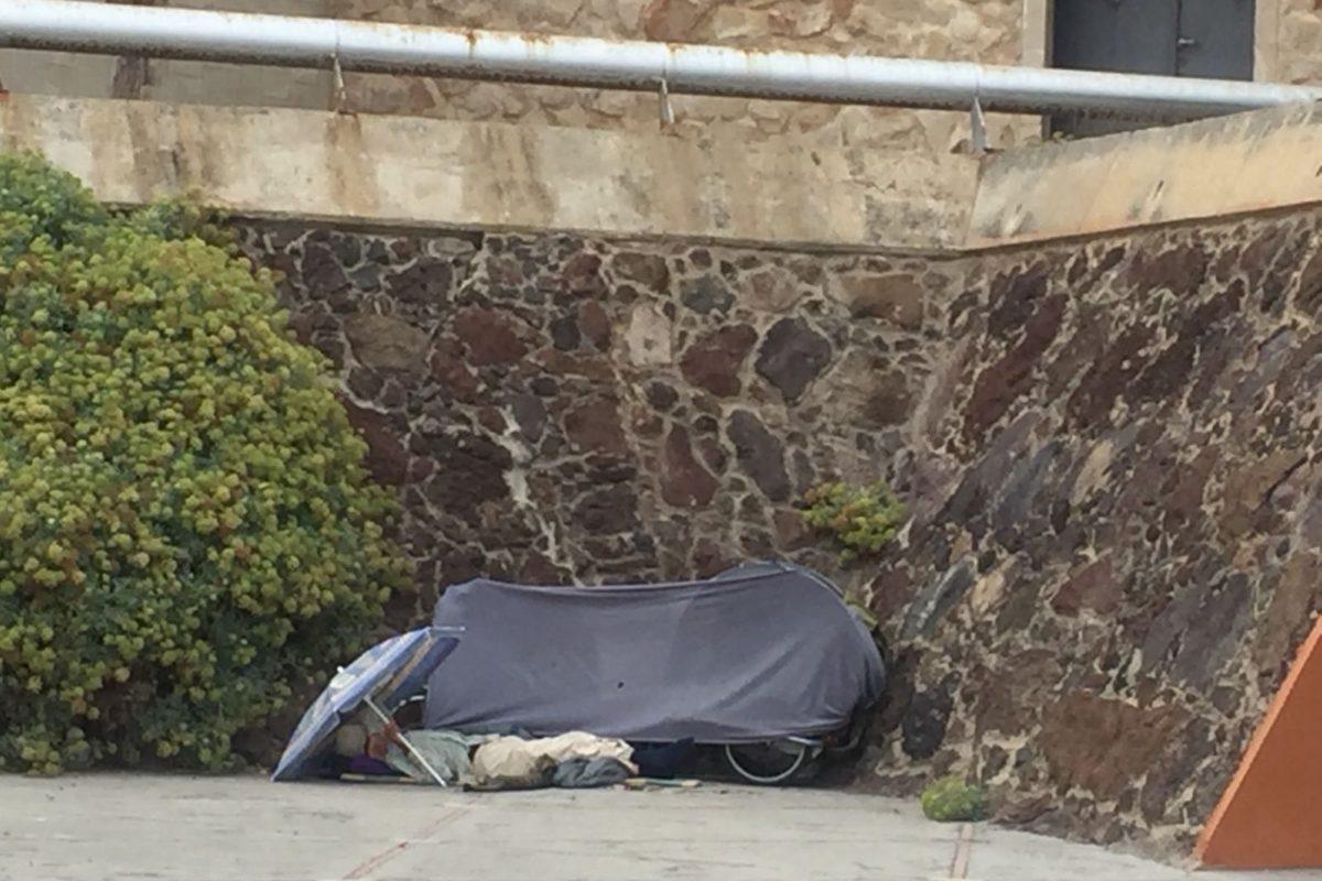 El PP muestra su preocupación por el incremento tanto de personas que duermen en la calle como de las zonas de pernoctación