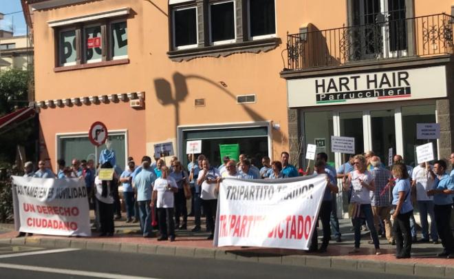 """El PP pide al tripartito """"que deje en paz"""" al sector del taxi y que no ponga más """"palos en las ruedas"""" al desarrollo de un servicio público """"esencial"""" ciudad"""