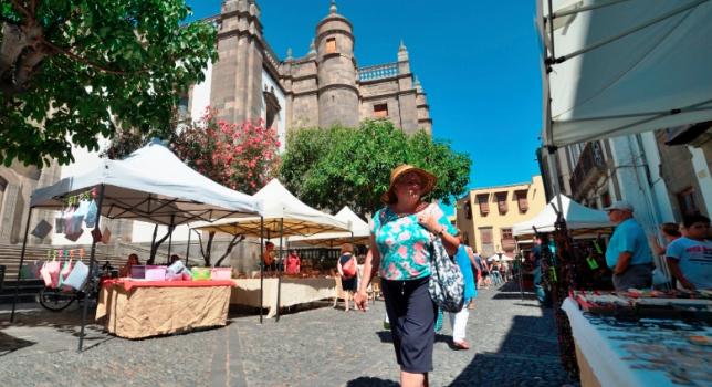 El PP solicita al Pleno un nuevo impulso al Mercado de Artesanía de Vegueta de la mano de sus profesionales artesanos