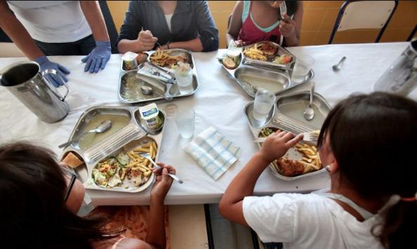 El PP exige una solución urgente del Ayuntamiento y el Gobierno canario para que la capital tenga comedores escolares este verano