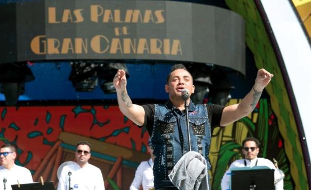 Luzardo denuncia que se vuelva a contar con la productora de Manny Manuel pese a no haber devuelto el caché y recuerda el daño hecho al Carnaval