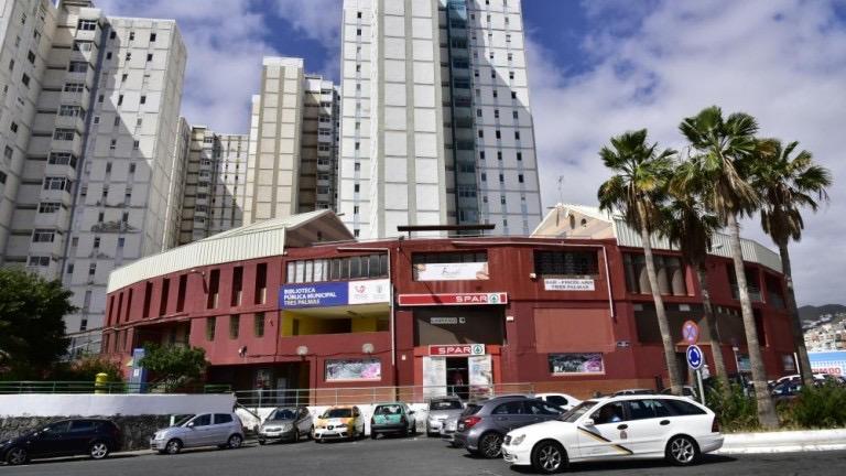 El PP pide al PSOE que escuche a los vecinos de Tres Palmas y no monte un lío innecesario con el color de la pintura de su centro cívico