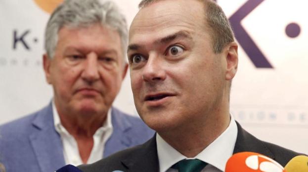 """Luzardo pregunta si el PSOE tiene pensado presentar el presupuesto del 2020 antes de que llegue el verano o si seguirán trabajando """"despacito"""""""