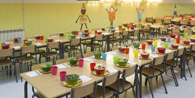 Luzardo denuncia que las familias de 'cuota cero' de las Escuelas Infantiles no han recibido la recarga de su tarjeta para la compra de alimentos